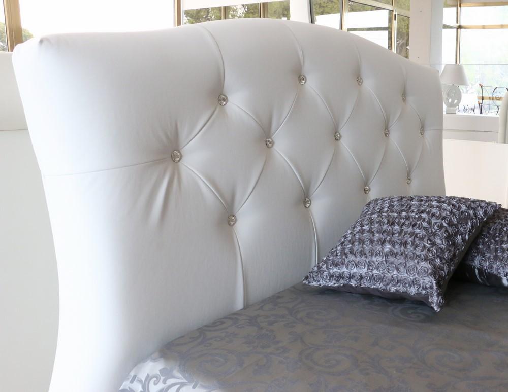 Letto in stile moderno in ecopelle bianco con swarovski - Letto stile moderno ...