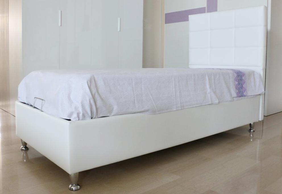 Letto Singolo Contenitore Bianco.Letto Contenitore In Stile Moderno In Ecopelle Bianco Acciaio