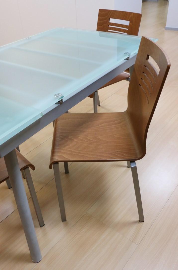 Tavolo Allungabile Ciliegio Vetro.Tavolo Allungabile In Ferro Vetro Alluminio Ciliegio