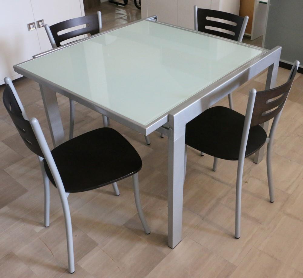 Tavolo Allungabile Rovere Moro.Tavolo Allungabile In Metallo Rovere Moro Alluminio