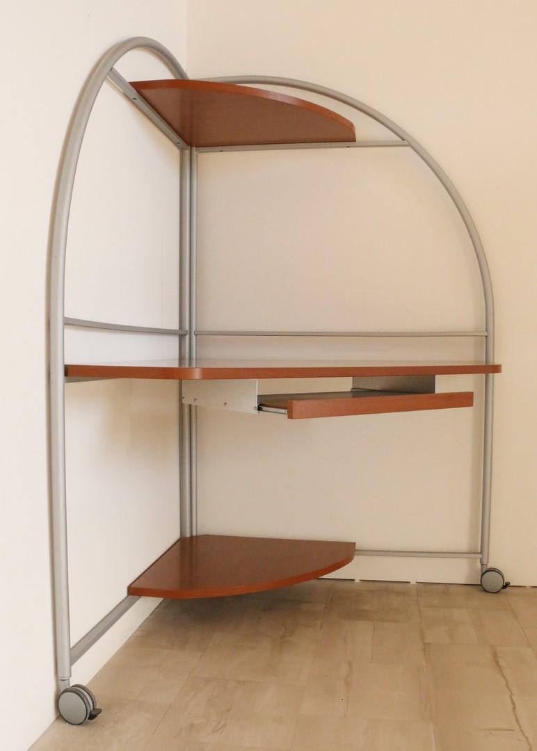 Scrivania Porta Pc Colore Ciliegio.Scrivania Angolare Con Ruote In Stile Moderno Paternoster Home