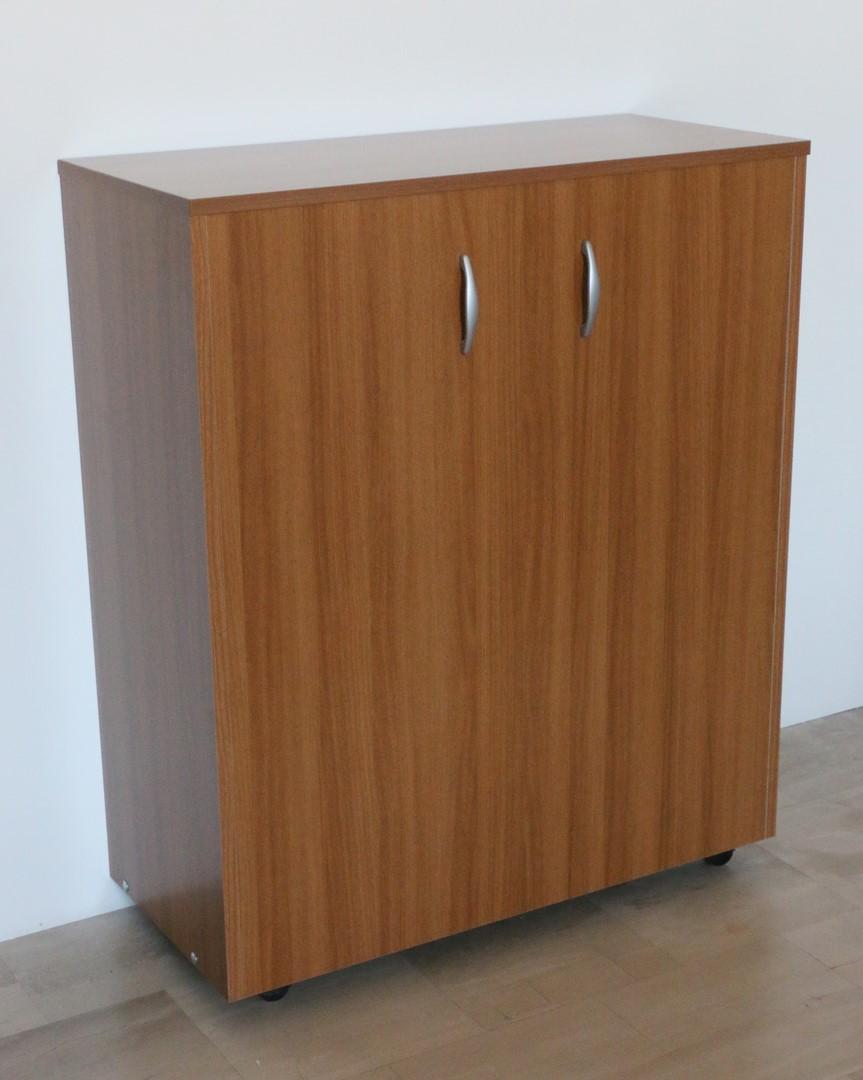 Lettino Pieghevole Con Mobile.Mobile A Rotelle Con Letto A Scomparsa In Stile Moderno