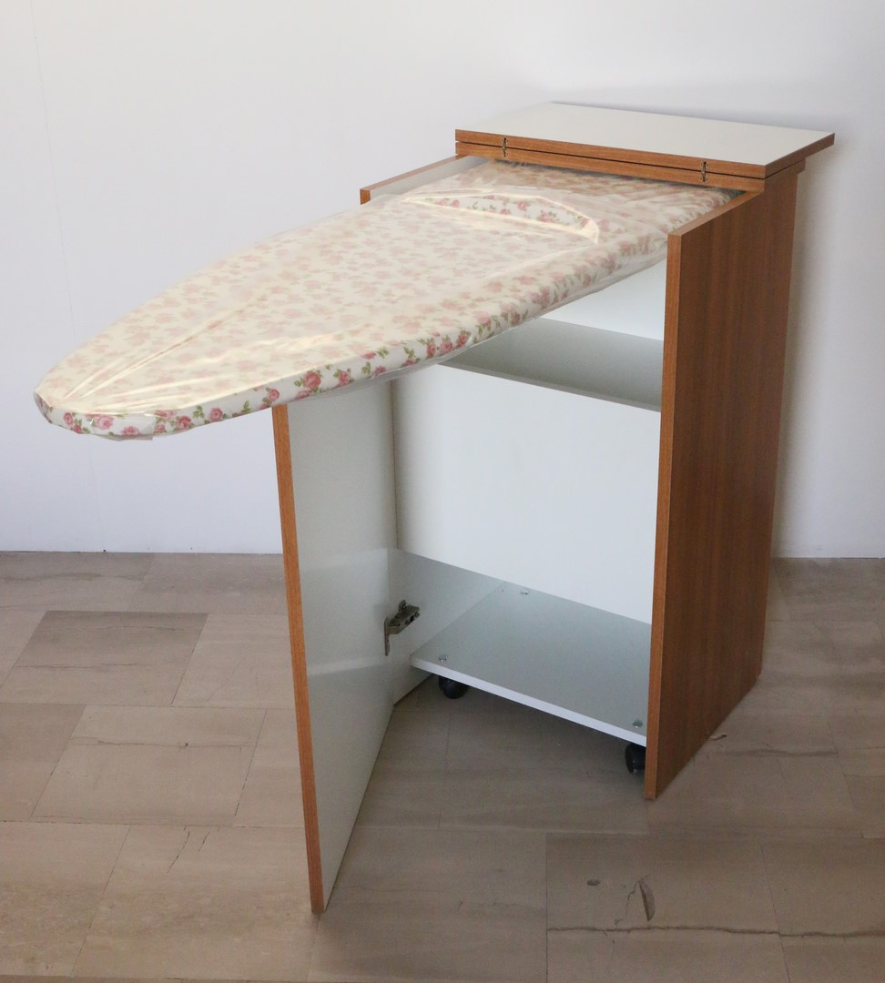 Mobiletto da stiro in stile moderno paternoster home - Mobile asse da stiro ikea ...