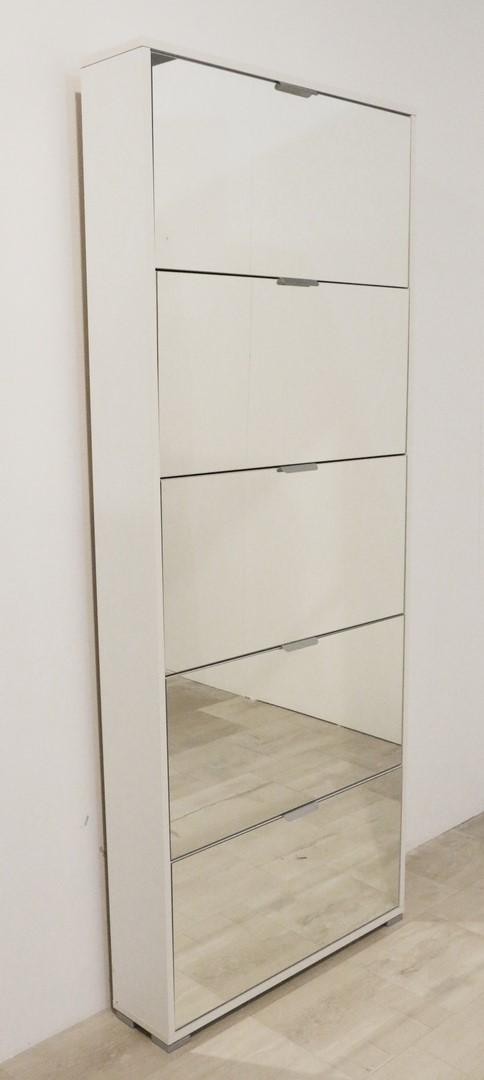 Scarpiera per fissaggio a parete in stile moderno paternoster home - Fissaggio mobili a parete ...
