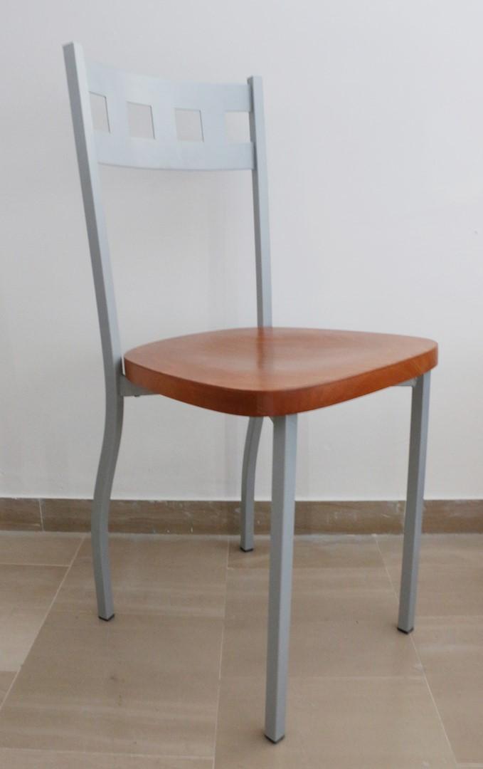 Sedia in stile moderno ciliegio e alluminio paternoster home for Scrittoio ciliegio moderno