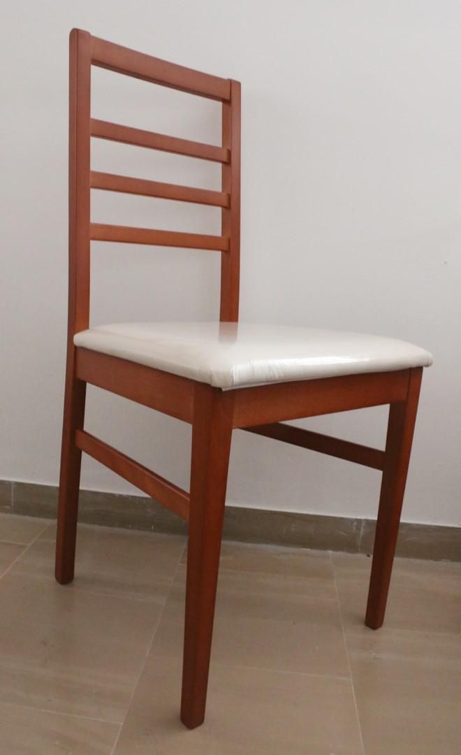 Sedia in stile moderno ciliegio e panna