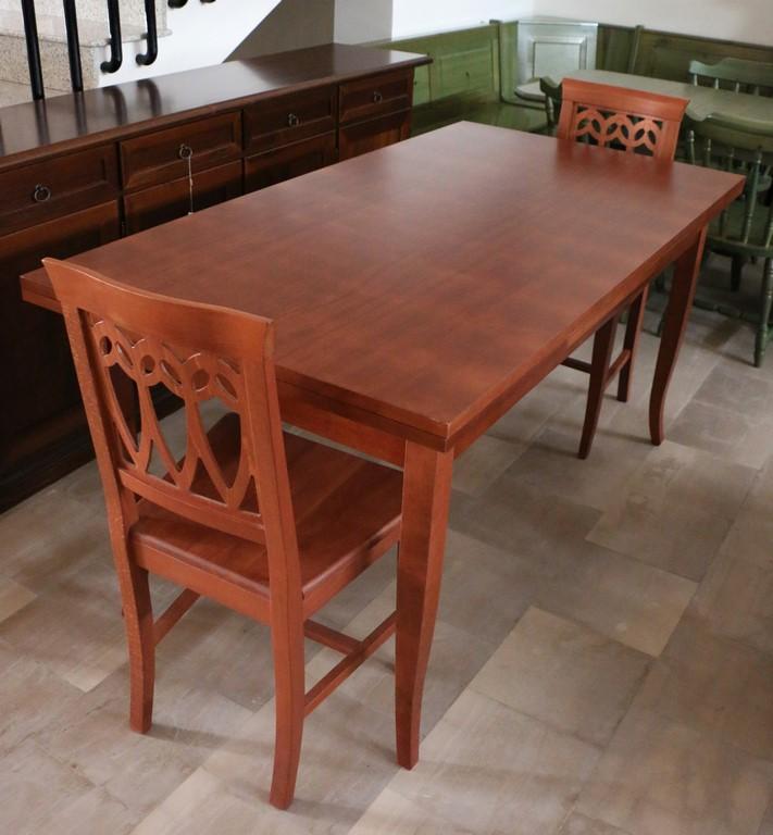 Tavolo allungabile in legno massello colore CILIEGIO